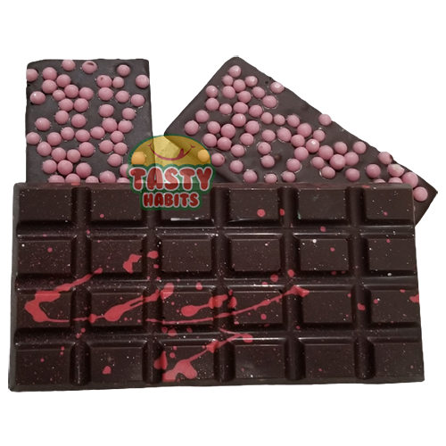 Chocolate with Strawberry Crispearls Bar
